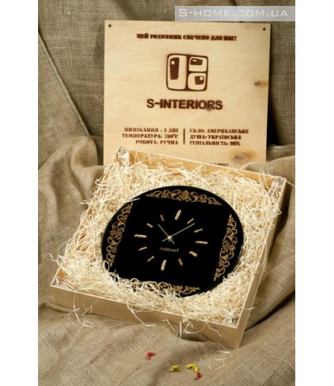 Настінний годинник із золотим орнаментом S-interiors Ricco R